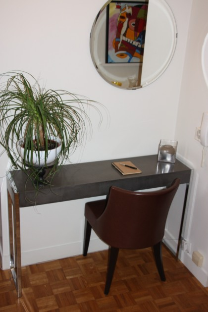 JANDRI Chaise base arrondie en cuir