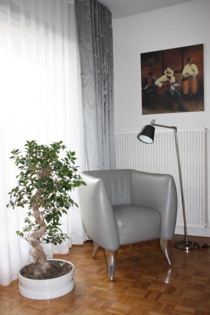 SWANN fauteuil MAROUA cuir gris (1)